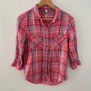 Seven7 Coral/Pink Plaid 3/4 Sleeve Button Down!